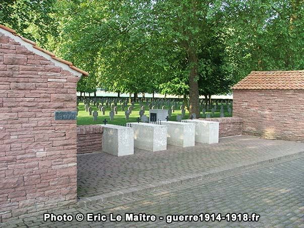 L'entrée du cimetière allemand de Belleau