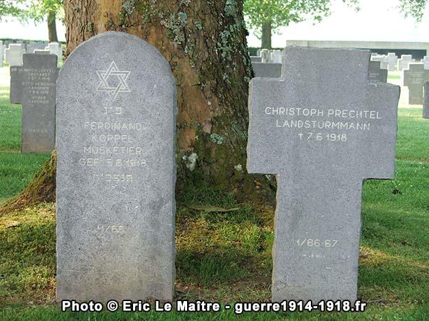 Sépultures juives et chrétiennes du cimetière allemand de belleau