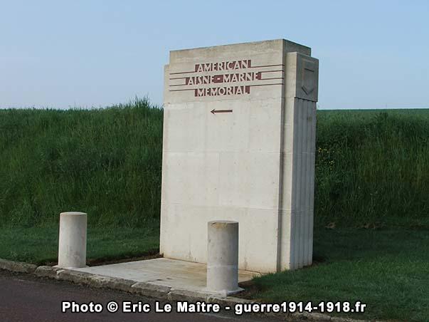 Entrée du Monument américain de la cote 204