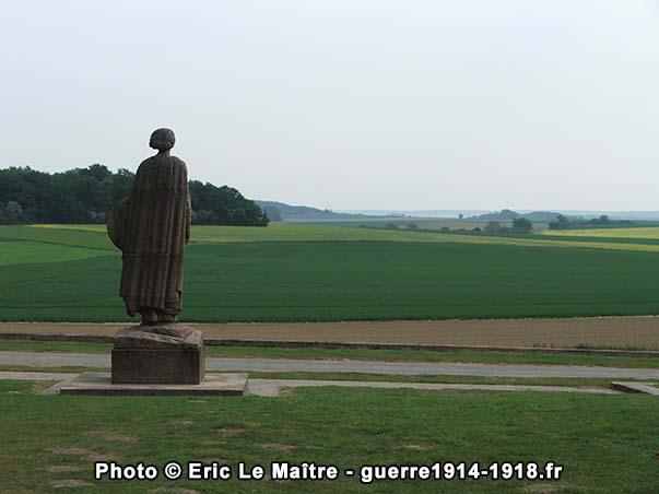 Panorama depuis la statue de la France au monument de la butte de Chalmont