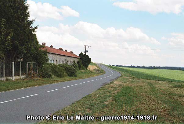 La ferme d'Hurtebise photographiée en direction de Craonne depuis la D18CD
