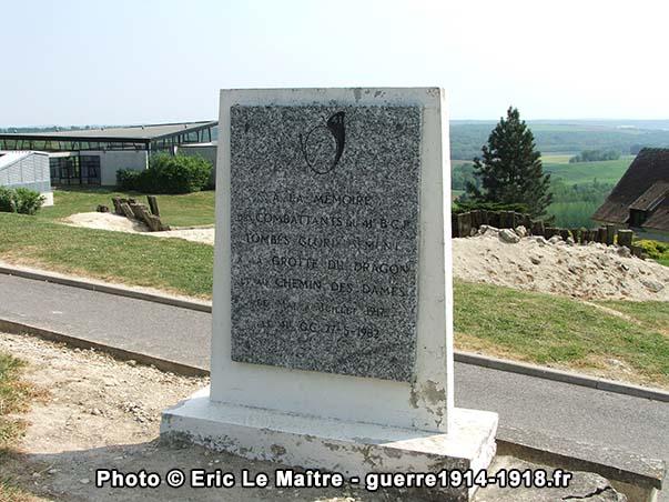 Stèle à la mémoire des combattants du 41ème Bataillon de Chasseurs à Pied - Caverne du Dragon