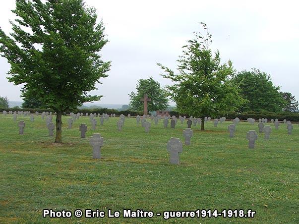 Le cimetière militaire allemand de Souain-Perthes-lès-Hurlus