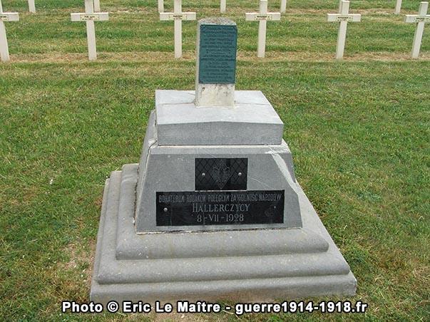 Monument en mémoire des soldats polonais morts pendant de la Première Guerre mondiale
