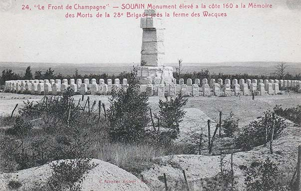 Carte postale ancienne du monument élevé à la côte 160 et à la mémoire des morts de la 28ème brigade près de la ferme des Wacques