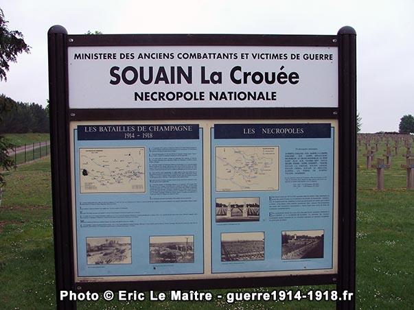 Panneau d'information destiné aux visiteurs de la nécropole nationale de Souain-la-Crouée