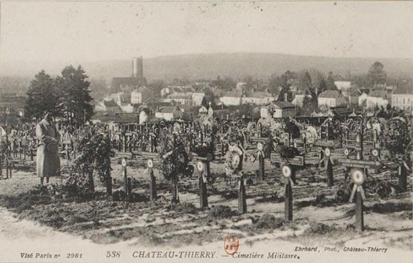 Photographie de la nécropole nationale des Chesneaux prise après la guerre