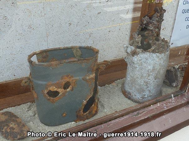 Quelques objets militaires retrouvés sur le champ de bataille