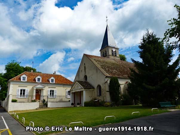 L'église Saint-Pierre-et-Saint-Denis en juin 2017
