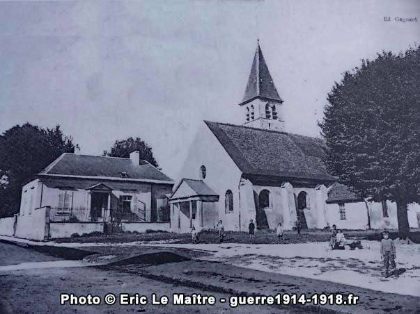 L'église Saint-Pierre-et-Saint-Denis au début du XXème siècle