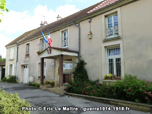 Façade de la mairie de Villeroy