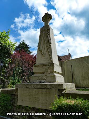 Le monument en mémoire des héros de la Marne à Iverny