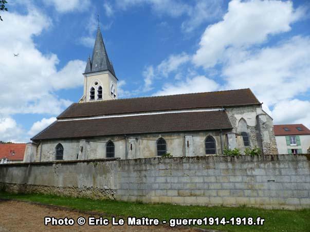 Côté Sud de l'église Saint-Martin d'Iverny