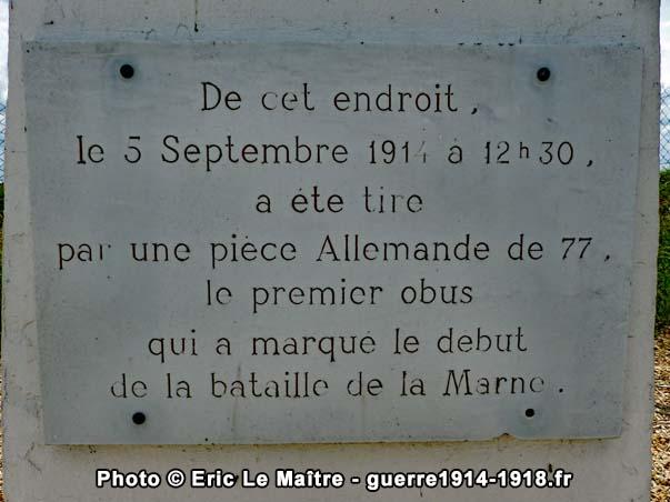 Monthyon - L'inscription gravée sur la stèle de la butte de la Saulorette