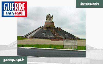 Le monument aux morts des Armées de Champagne et Ossuaire de Navarin à Souain-Perthes-lès-Hurlus (51-Marne)