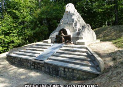 Monument du 106e RI aux Eparges